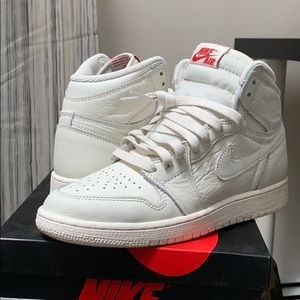Retro 1's size 4.5 grade school